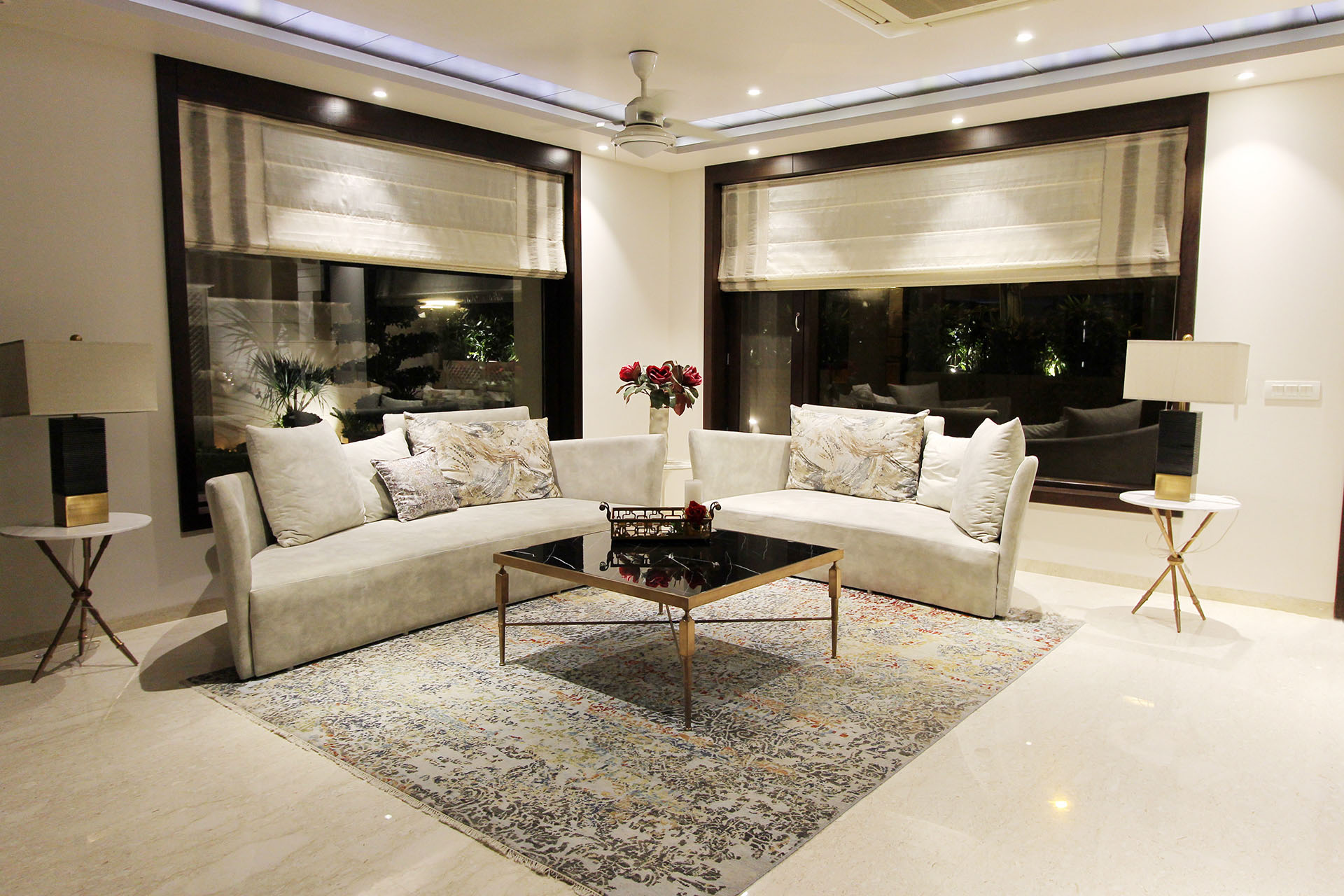 ParnaGrah - The Green Outhouse - Living room view